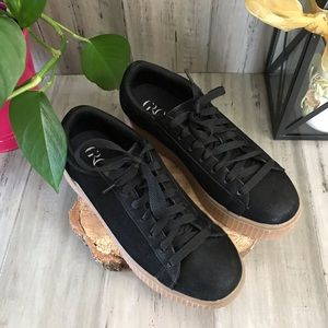 Groove Fashion Sneakers